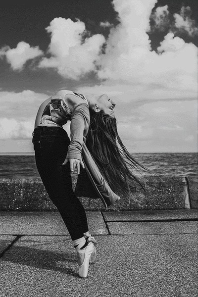 Danielle Langham's Dainty Dancer