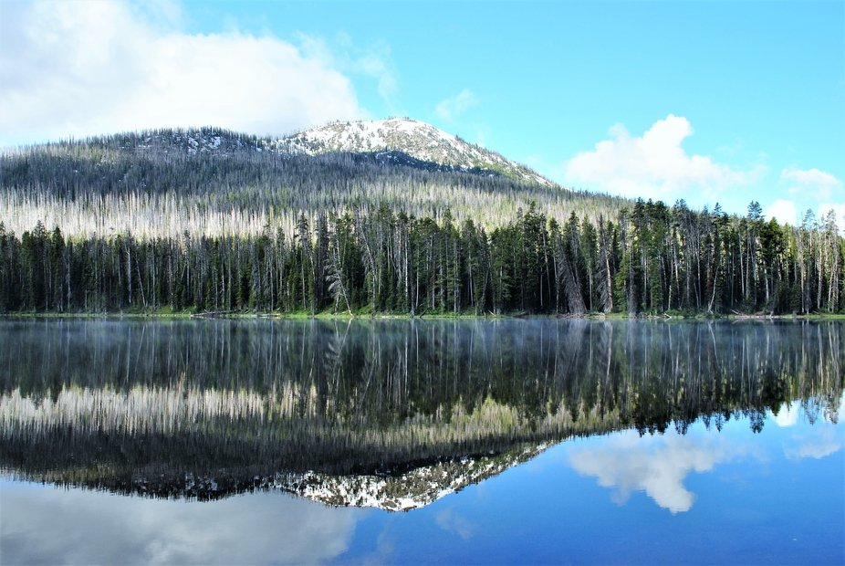 Such a beautiful lake in Wyoming
