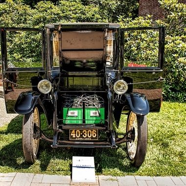 1921 Milburn Electric 271