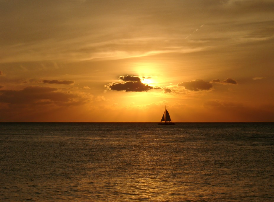 This photo was taken from Mallory Pier in Key West on a late December day (Winter!). Starting abo...