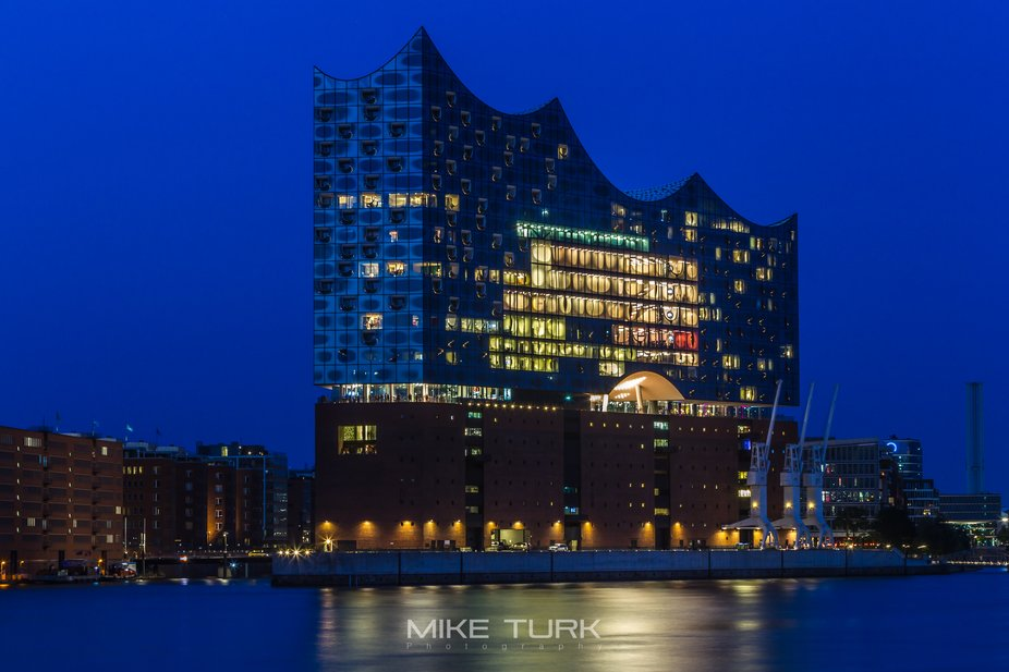 Blue Hour in Hamburg on the Elbe where the finally finished Philharmonie is situated at the entra...