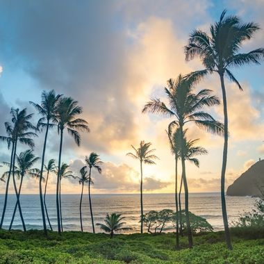 Morning sunrise on the east shore of Oahu, Hawaii