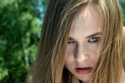 Mod: Gosia@malgorzata.skurzynska.She & emotions VI@sheandemotions.Mua: @i_makeup.pl photo: @artur_rodo