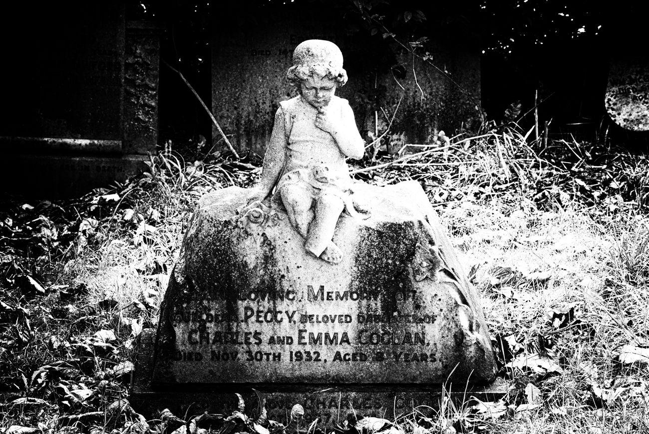 Childs gravestone, Walney