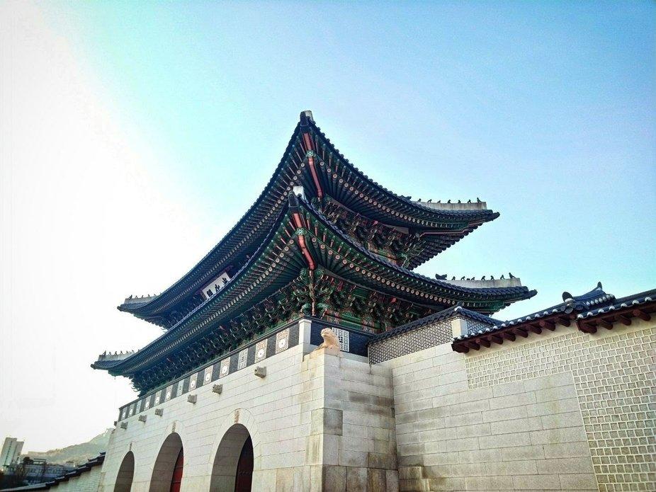 First trip to Seoul,  First palace,  First impressions.    Gamsahamnida Gyeongbokgung Palace.