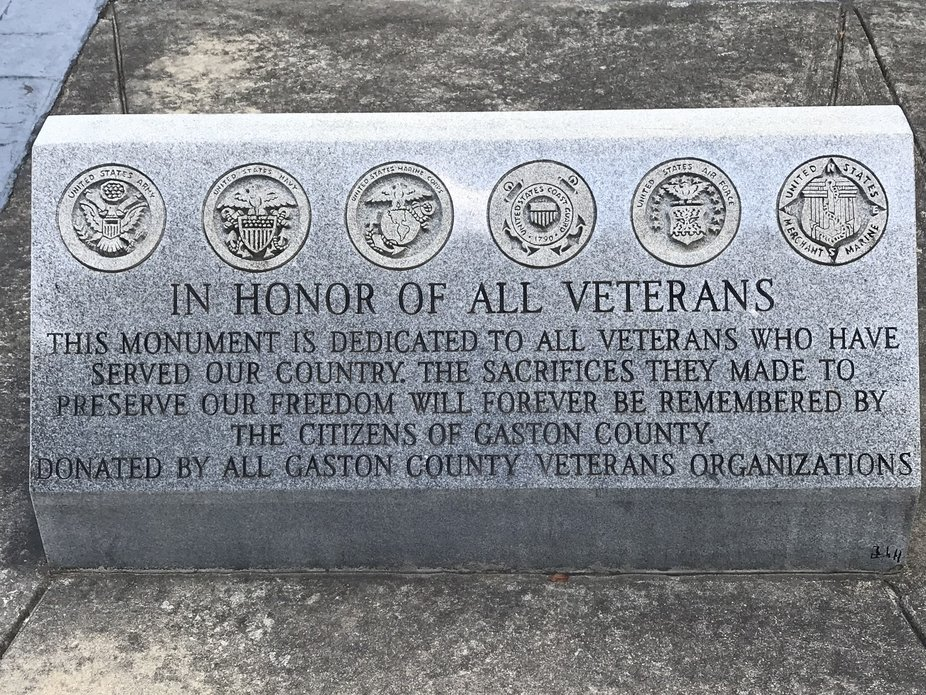 I memorial plaque in front of the courthouse, For all armforces