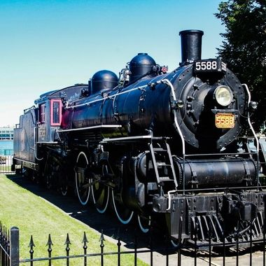 Built in Montreal in the late 1800's for Canadian National Railway, after years of Sterling service until the early 1960's she was retired. Soon to have been scrapped a group of steam enthusiasts worked to have her saved. Now a permanent feature on the Window waterfront.
