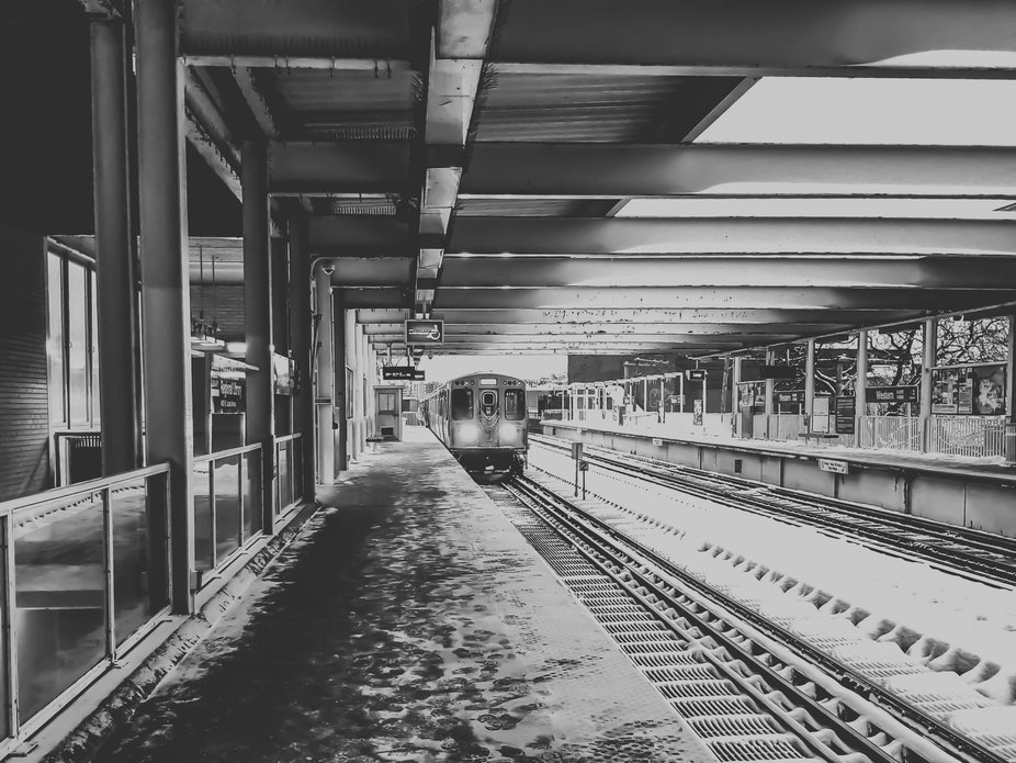 I took this picture last winter while waiting for Brown Line train at the Western Stop in the Lin...