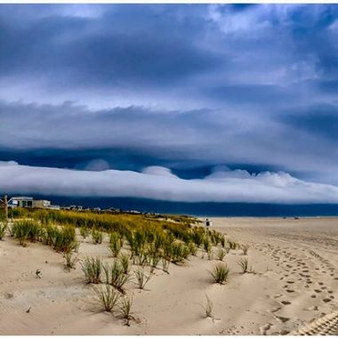 Storm clouds over surf city