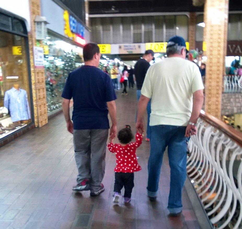 Abuelo COCO, PAPA e HIJA
