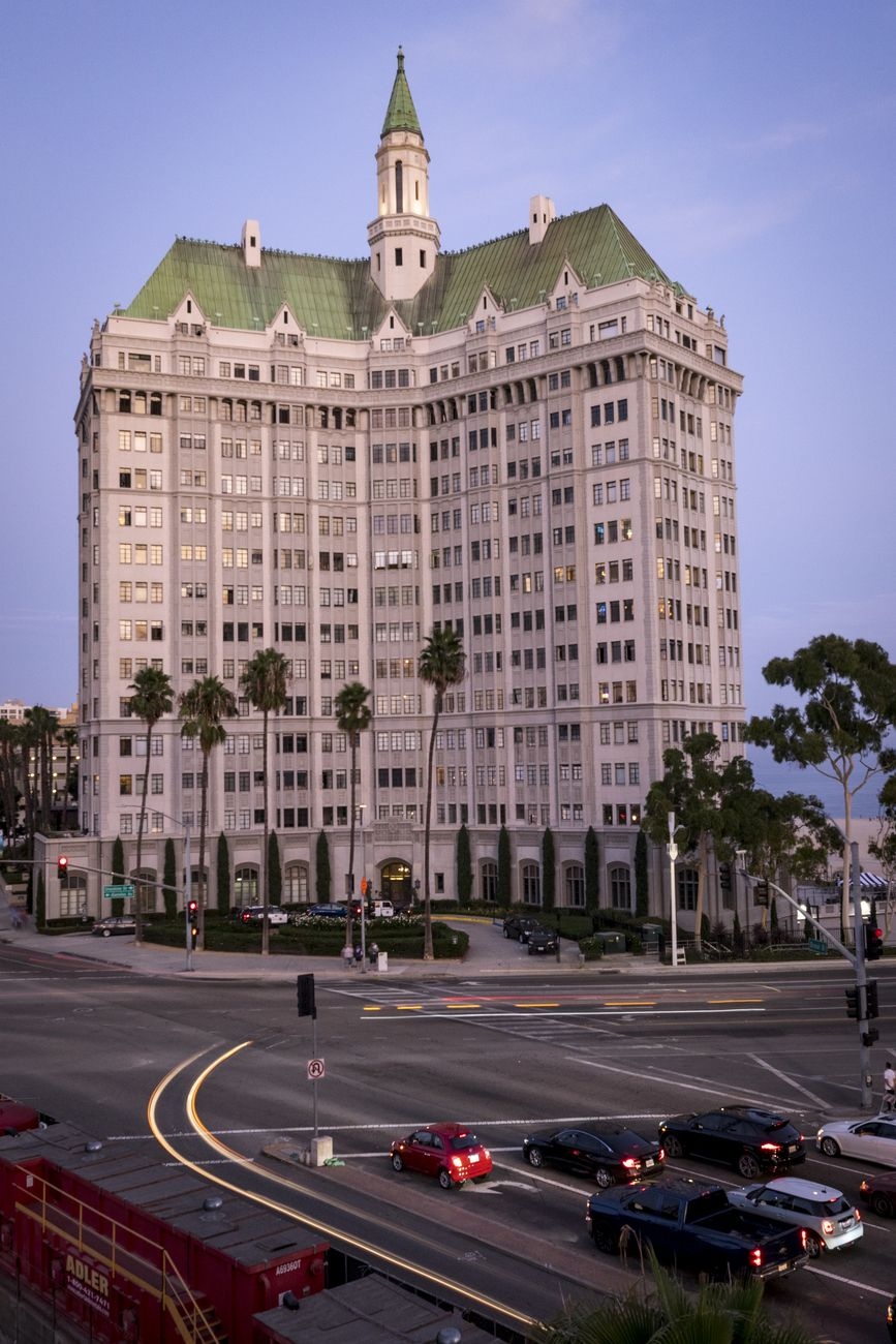Villa Riviera Hotel/Condos in Long Beach, California
