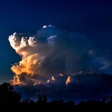 Glowing Cloud NW