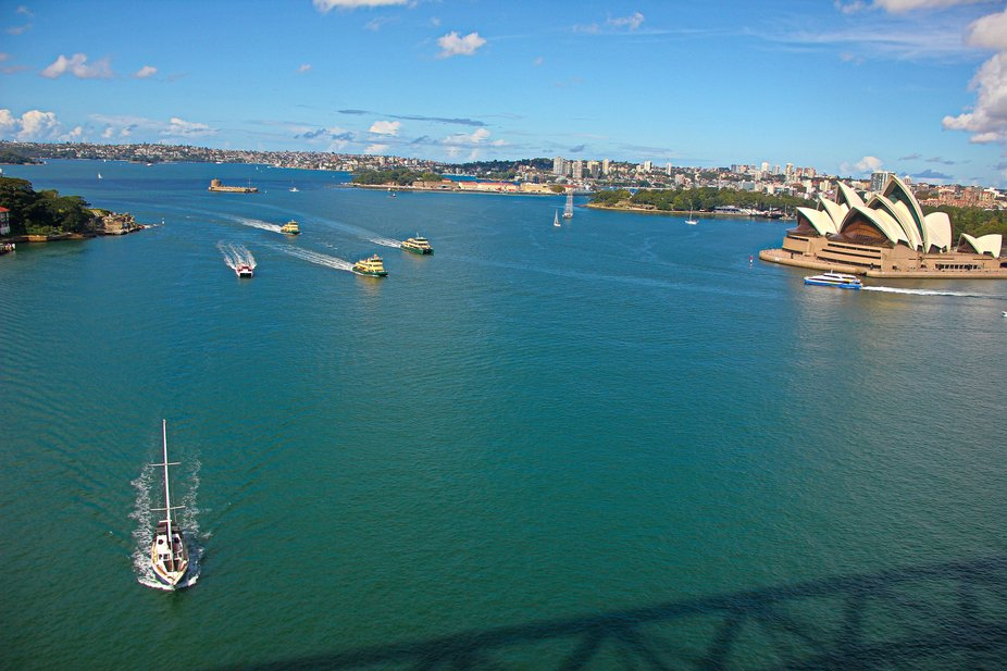 From harbor bridge photography, Opera house and boats, Sydney Apr 2019