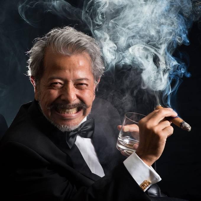 Smoke shoot with Don Chris.  20180628 522 Chris.JPG