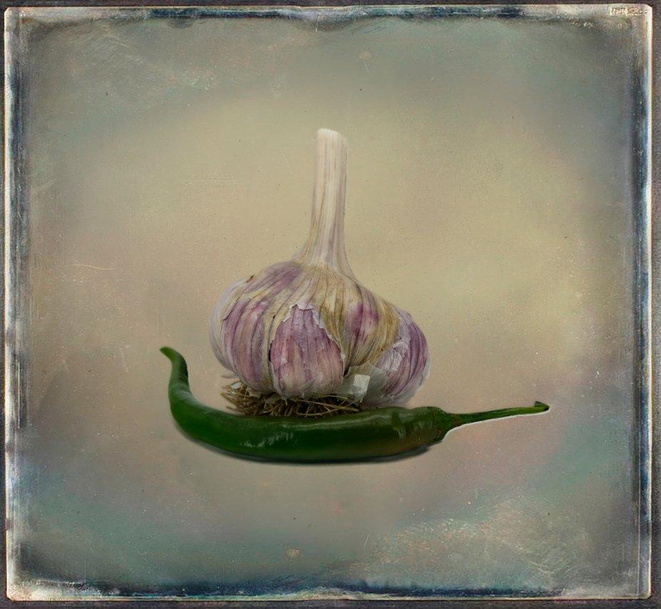 Garlic and chili peper