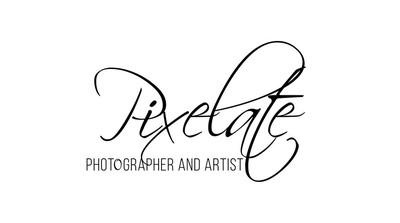 Pixelate+_Large_Black