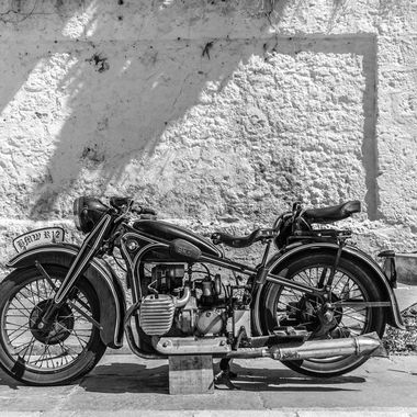 Motorcycles without colour