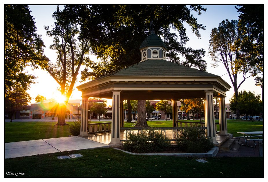Sunrise at the park in Paso robles.