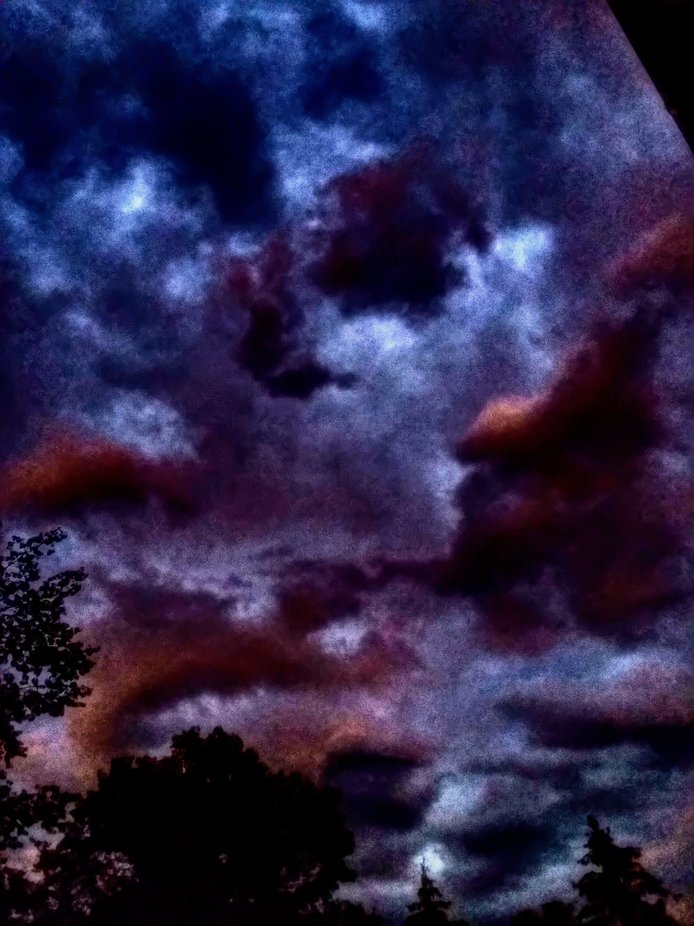 Post-storm awesomeness      Some background:. Earlier in the day, a squall line moved through my ...