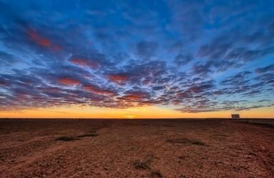Sunrise at William Creek