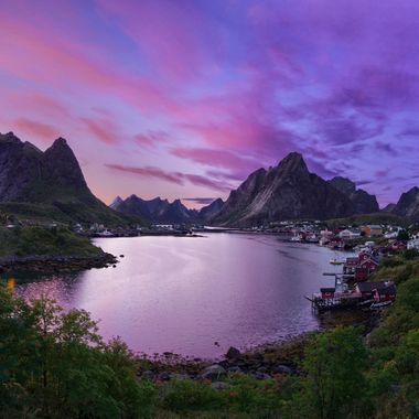 lofoten reine pan sunset 3 9-16-19 lower