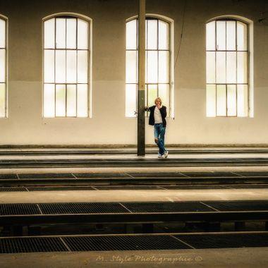 UK: A photo of the film set for a music clip of the band YRU. I'm looking forward to the upcoming clip and enjoy the successful photos.  Location: Old tram depot in Bern, built in 1989/90  People: Davide Vincifora, https://www.instagram.com/davidevincifora/ Lars Uebersax, https://www.instagram.com/lactotab/  Music Band: https://www.instagram.com/yruofficialmusic/  GER: Ein Foto vom Filmset für ein Musik clip der Band YRU. Ich bin gespannt auf den kommenden Clip und erfreue mich an den gelungenen Fotos.   Ort: Altes Tramdepot in Bern, errichtet im Jahr 1989/90