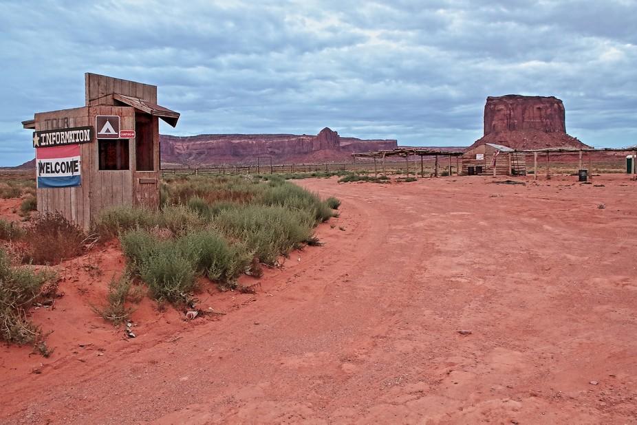 An abandoned shack near Monument Valley, Utah