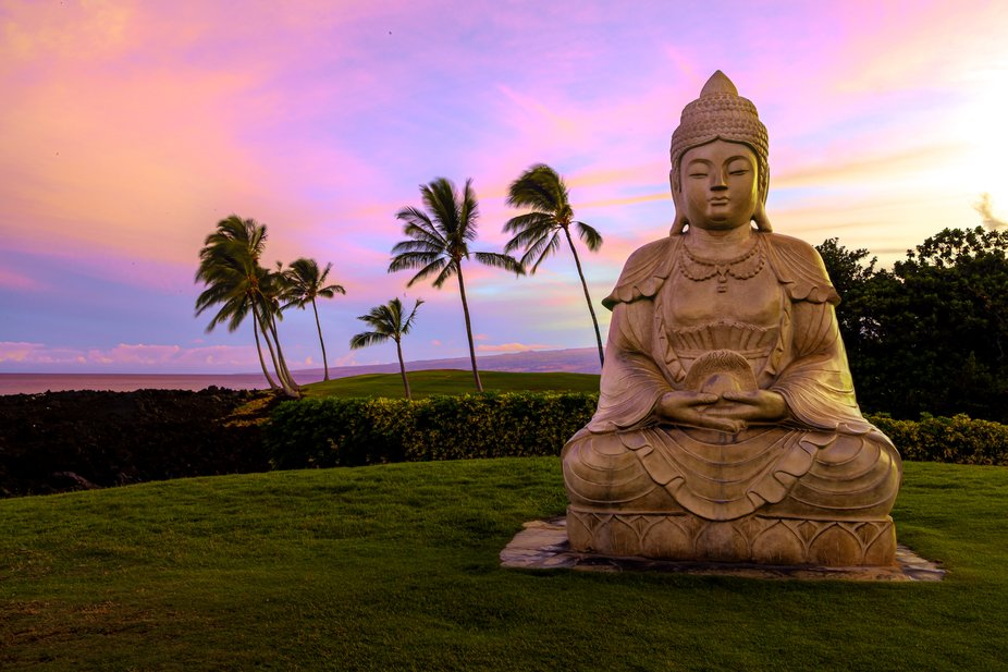 Kona-Hilton resort sunrise.
