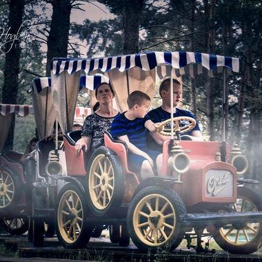 HSP-2014 (345)_pe  Family Ride.