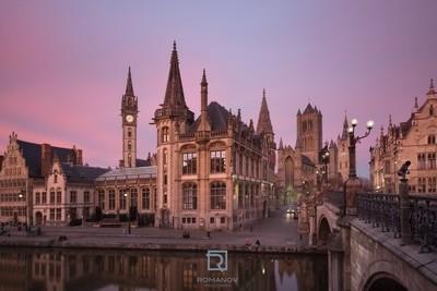 Saint Nicholas Church of Ghent at the sunset – Церковь Св. Николая в Генте на закате