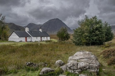 Blackrock Cottage and the Buachaille