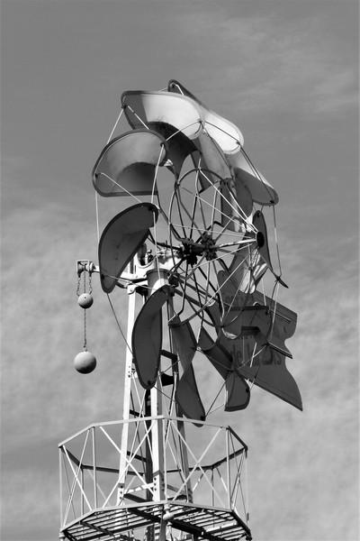 Windmill 14.10.19 252 bw