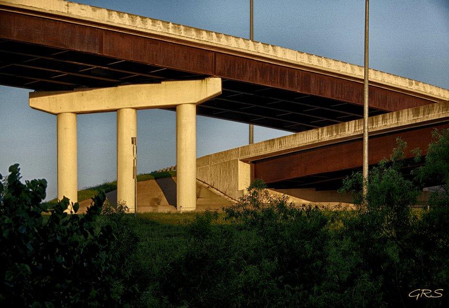 Highway interchange, Tulsa, Oklahoma, USA.