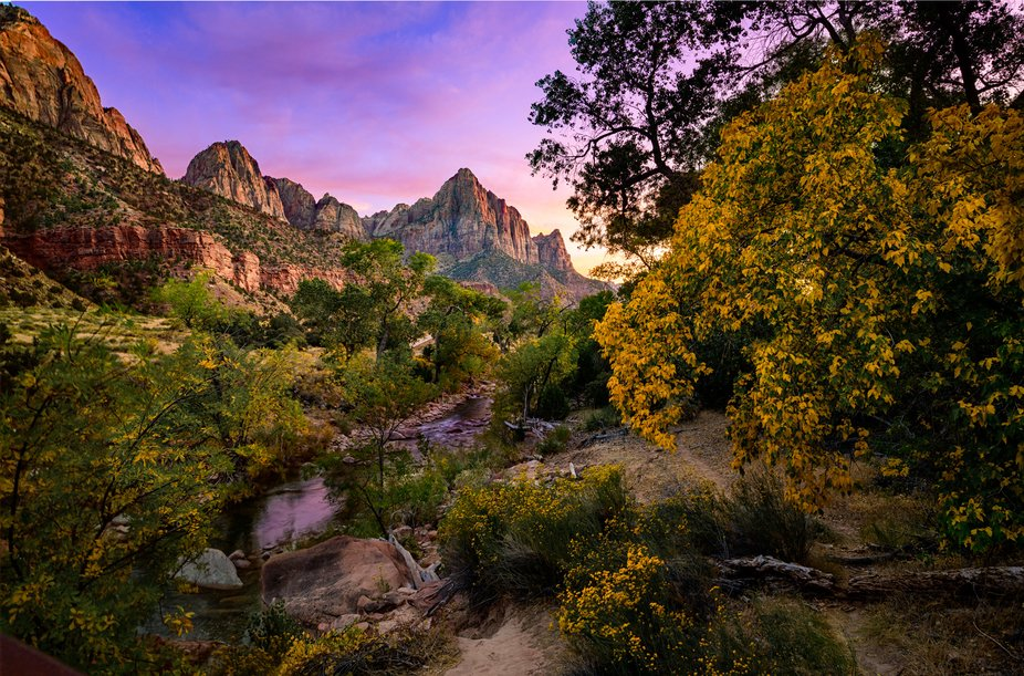 One of the greatest things about living in Utah is Zion NP... and this view is one of the greates...