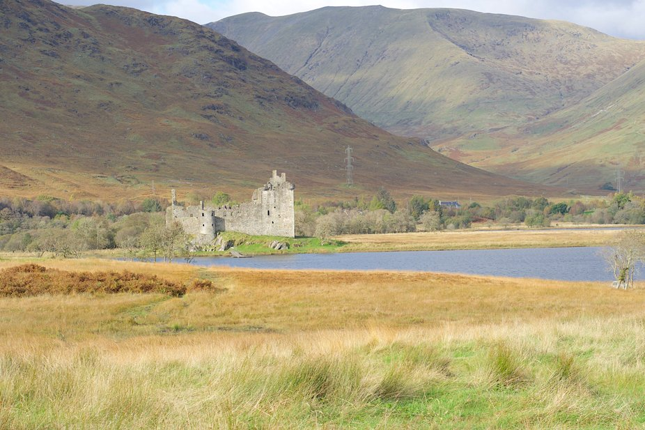 Kilchurn Castle on the shores of Loch Awe in Argyll     Autumn 2019