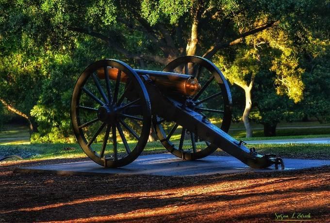 Texas State Capitol grounds memorials