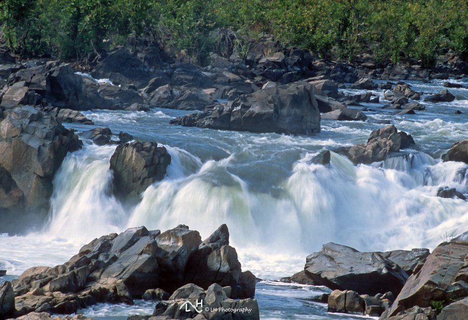 Summer morning on the Great Falls of the Potomac