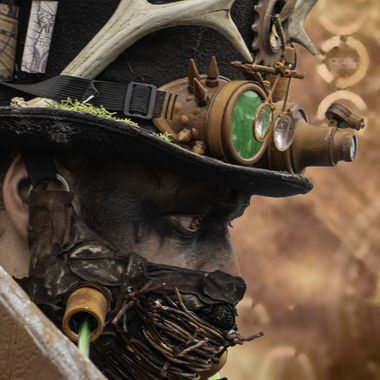 |Steampunk man