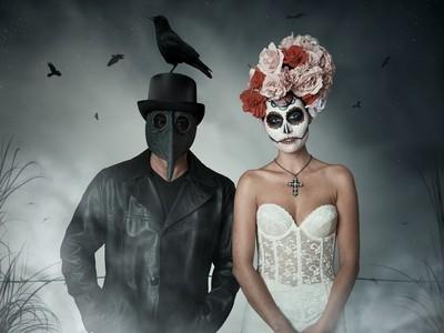Spooky Couple