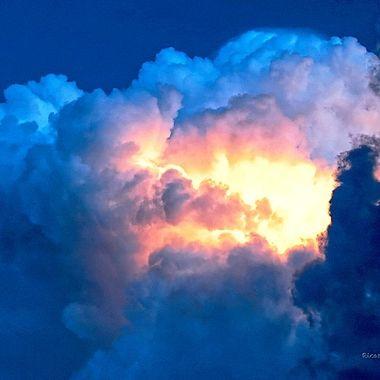 Fire skies over Guanajuato, Guanajuato, México