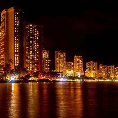 Honolulu by night