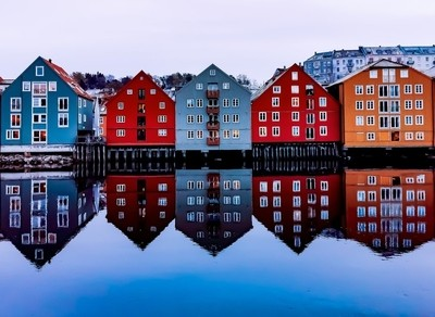 The Trondheim docks on a winter evening.