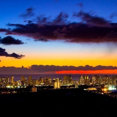 Honolulu by night