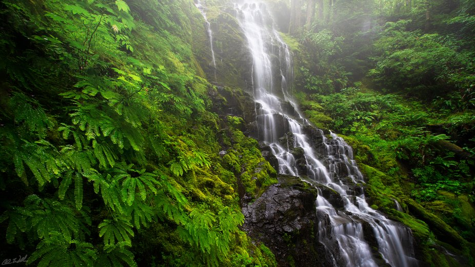 Here's a new image that I'm pretty excited about. This waterfall in WA is extre...
