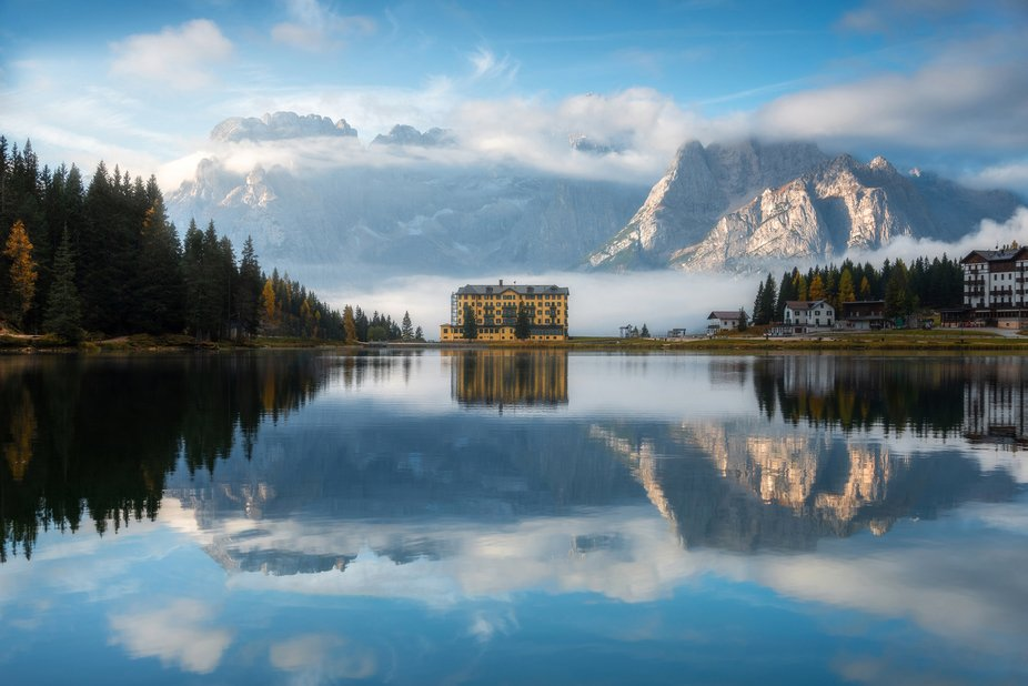 Lago di Misurina, Dolomites, Italy.