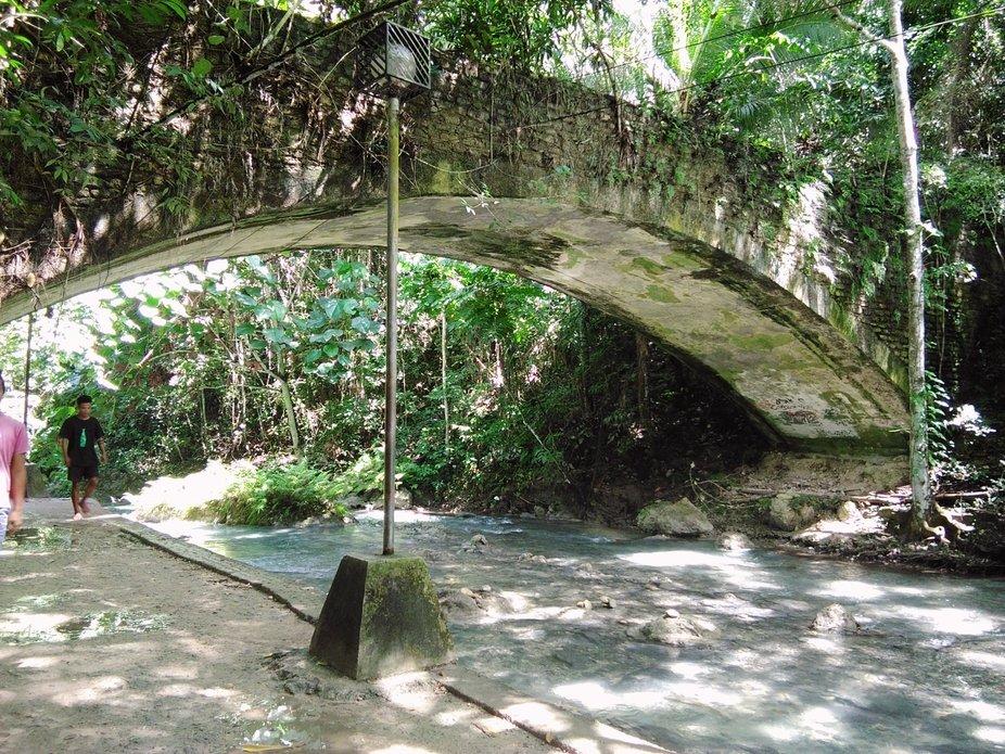 An old bridge I have captured at Cebu City.