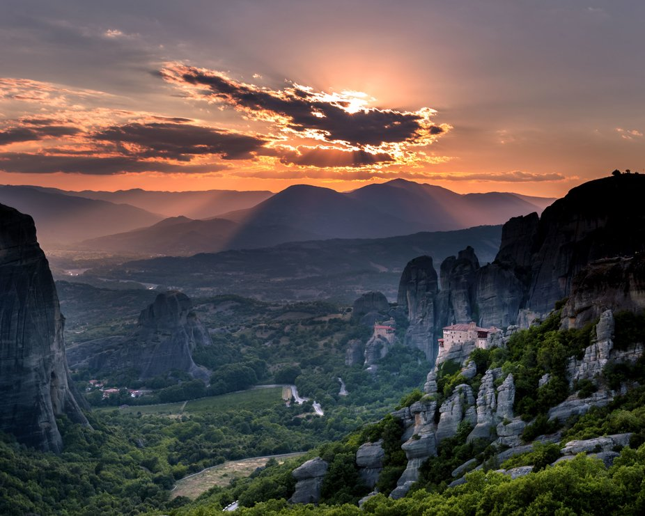 The Meteora is a rock formation in central Greece hosting one of the largest and most precipitous...