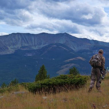 Hiking to the Hunt