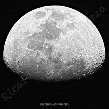 "Canon T6s, 4"" refracting telescope, 2x teleconverter, 1/200, f6.8, ISO 100"