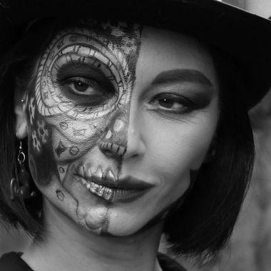 Lady Lau in bianco e nero